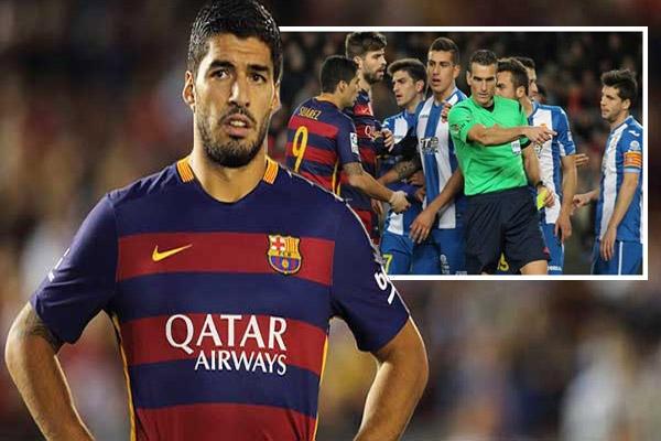 ايقاف سواريز مباراتين بسبب توجيه كلمات نابية الى لاعبي اسبانيول