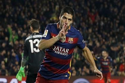برشلونة يبدأ خطوات تجديد عقد سواريز ومساواته مع نيمار