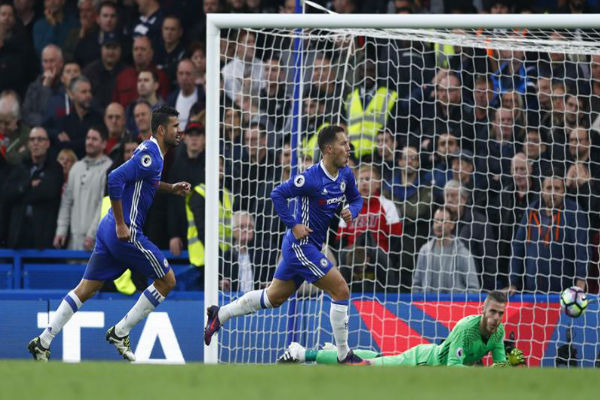 هازارد تألق في فوز تشلسي على مانشستر يونايتد