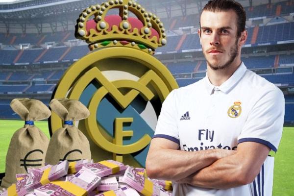 أصبح المهاجم الويلزي غاريث بيل نجم ريال مدريد الإسباني صاحب أعلى راتب أسبوعي في العالم