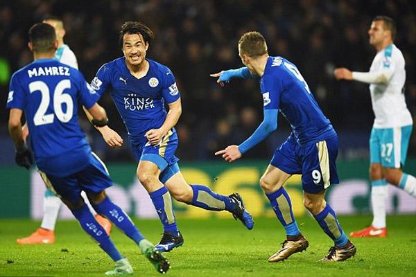 الياباني شينجي اوكازاكي سجل هدف المباراة الوحيد