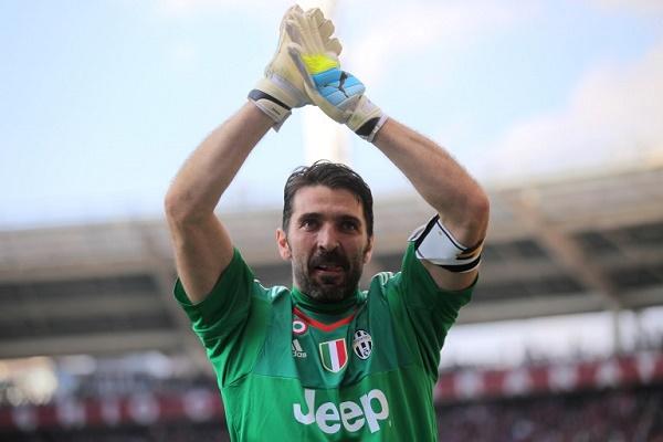 بوفون يتربع على عرش حراس الدوري الإيطالي عبر التاريخ