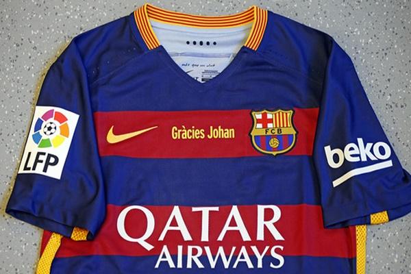 لاعبو برشلونة سيخوضون الكلاسيكو بقمصان
