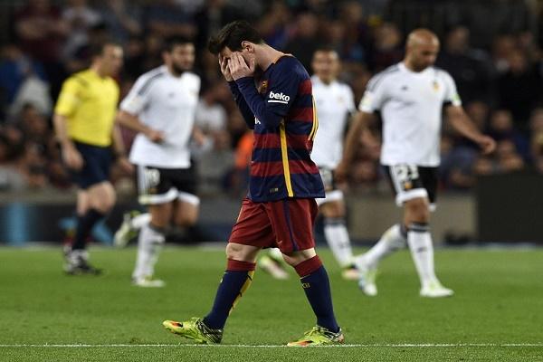 سقوط جديد لبرشلونة يشعل المنافسة
