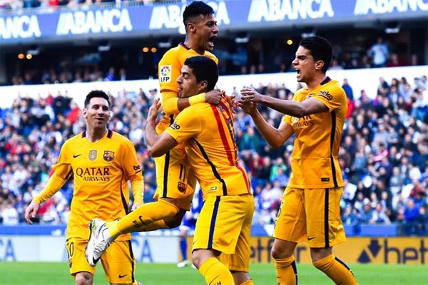 برشلونة يدك شباك ديبورتيفو بثمانية