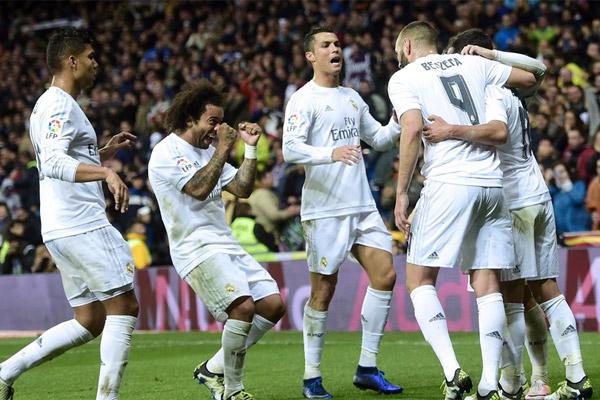 ريال مدريد يدك شباك فياريال برباعية