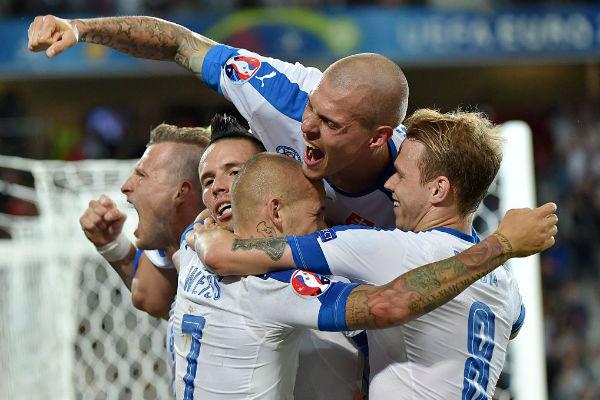 فوز ثمين لسلوفاكيا على روسيا