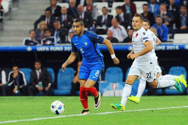 باييه في مباراة فرنسا والبانيا