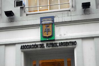 إخلاء مقر الاتحاد الأرجنتيني للاشتباه بوجود قنبلة داخله