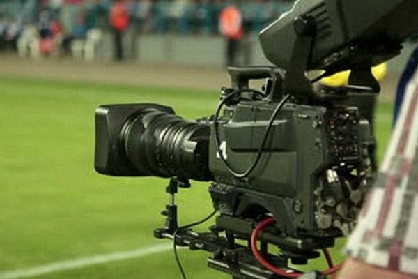 لم تحسم لجنة دوري المحترفين الإماراتية أمرها فيما يتعلق بتشفير النسخة المقبلة من الدوري