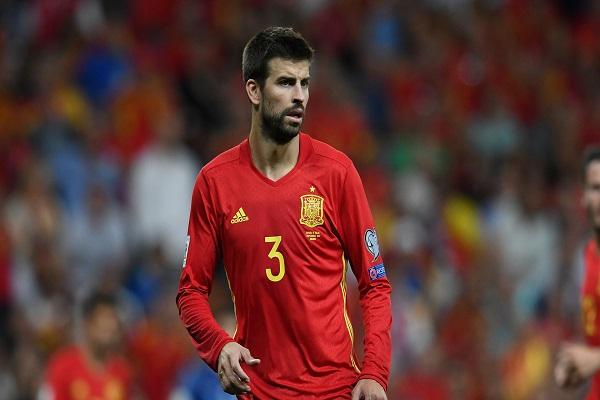 بيكيه راغب في مواصلة اللعب مع المنتخب الإسباني
