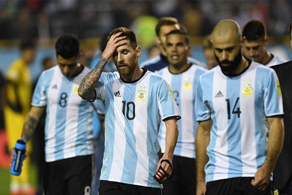 تحتاج الأرجنتين إلى الفوز على الاكوادور في كيتو على ارتفاع يقارب 2850 مترا عن سطح البحر لتضمن على الأقل احتلال المركز الخامس