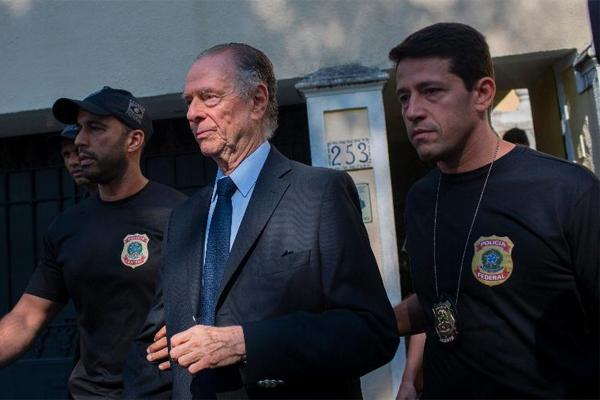 أوضحت الشرطة البرازيلية ان نوزمان متهم بجرائم