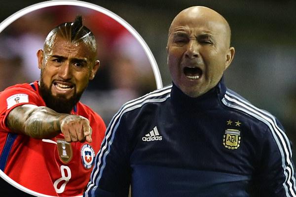 حمّل سامباولي لاعبي منتخب تشيلي وعلى رأسهم أرتورو فيدال مسؤولية الإخفاق في التأهل لمونديال روسيا