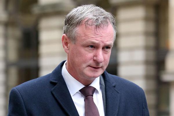 منع مدرب منتخب ايرلندا الشمالية مايكل اونيل من القيادة لمدة 16 شهرا بعد اقراره بالقيادة تحت تأثير الكحول