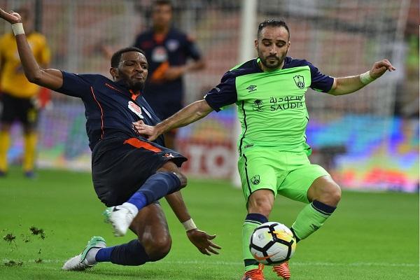 الأهلي يفرط بالفوز أمام الفيحاء في الدوري السعودي