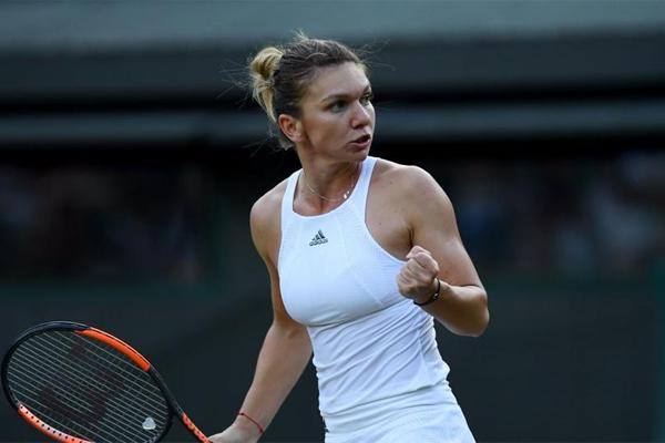انهت الرومانية سيمونا هاليب العام في صدارة تصنيف لاعبات كرة المضرب المحترفات