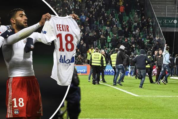 قام فقير باستفزاز جماهير سانت إتيان عندما خلع قميصه وعرضه أمامهم كما فعل ميسي أمام ريال مدريد