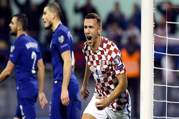 كرواتيا وسويسرا مع أفضلية التأهل إلى نهائيات مونديال روسيا