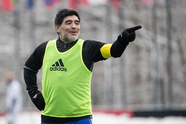 مارادونا يريد تدريب الارجنتين مجددا