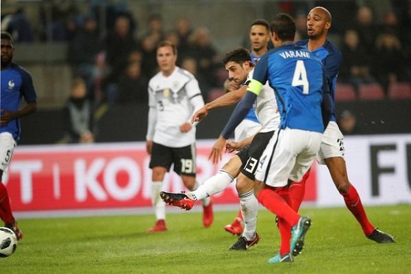 ألمانيا تنتزع التعادل في الرمق الاخير من فرنسا