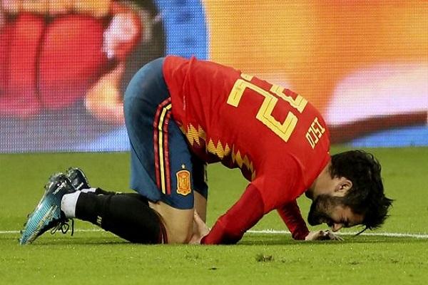 إصابة ايسكو في مباراة إسبانيا وكوستاريكا