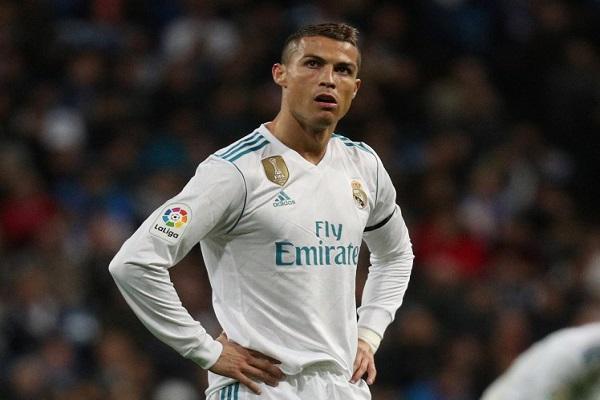 4 أسباب دفعت رونالدو إلى طلب الرحيل عن ريال مدريد