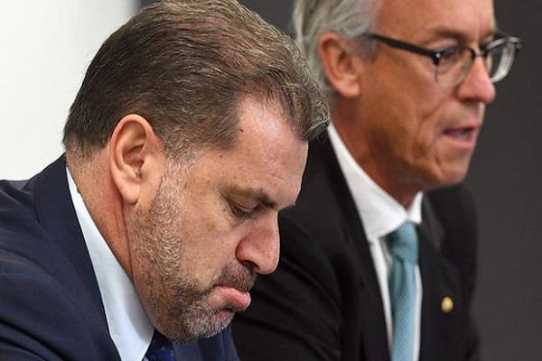 مدرب أستراليا يستقيل من منصبه