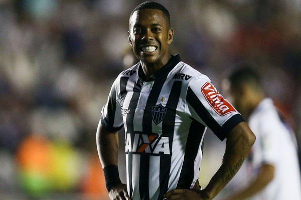 الحكم على البرازيلي روبينيو بالسجن تسع سنوات بعد اتهامه بالاغتصاب