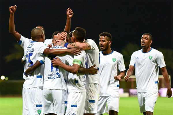 تقدم فريق الفتح إلى المركز الخامس في الدوري السعودي لكرة القدم بفوزه على مضيفه الفيحاء 3-1