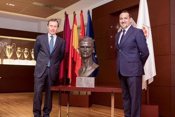 تمثال جديد لكريستيانو رونالدو في متحف ريال مدريد