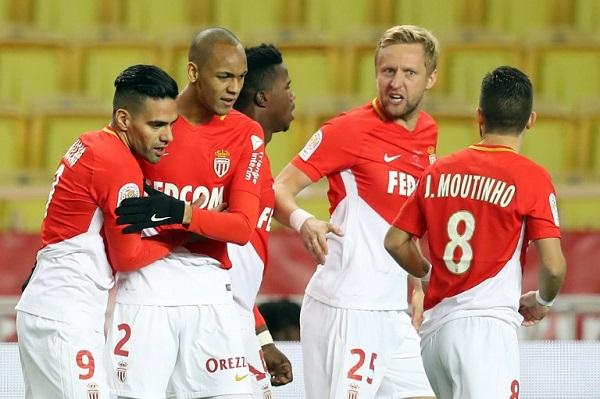 وفوز صعب لموناكو