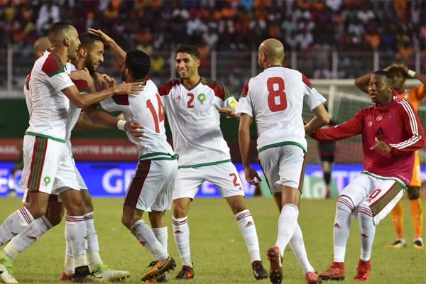 أشرف حكيمي في فرحة مع المنتخب المغربي