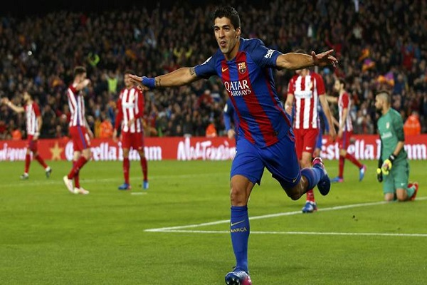 سواريز يحطم رقم إنريكي مع برشلونة
