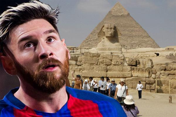 خيّب الأرجنتيني ليونيل ميسي نجم نادي برشلونة آمال الجماهير الرياضية المصرية، بتأجيله الزيارة
