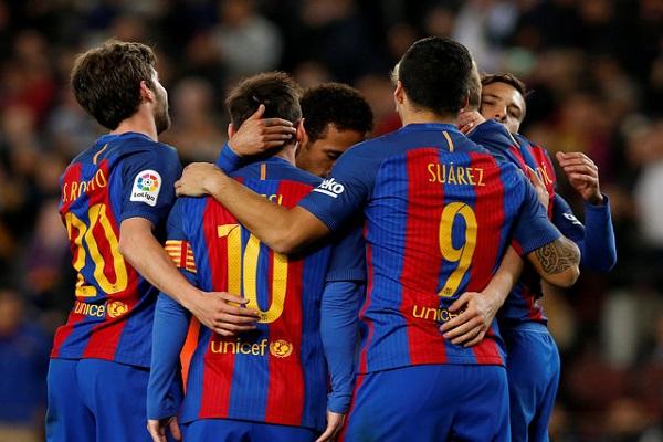 برشلونة يقبض على الصدارة