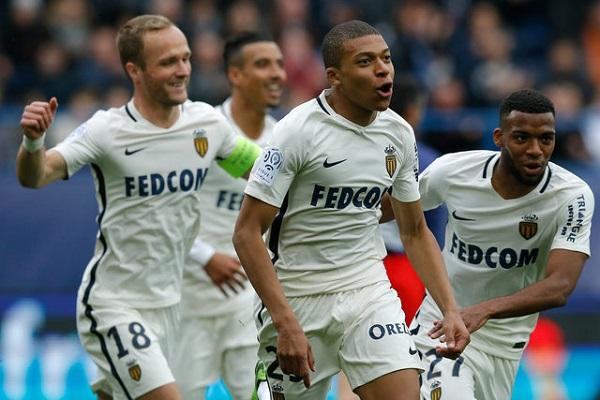 موناكو يتخطى كاين بثلاثية ويبتعد بصدارة الدوري الفرنسي