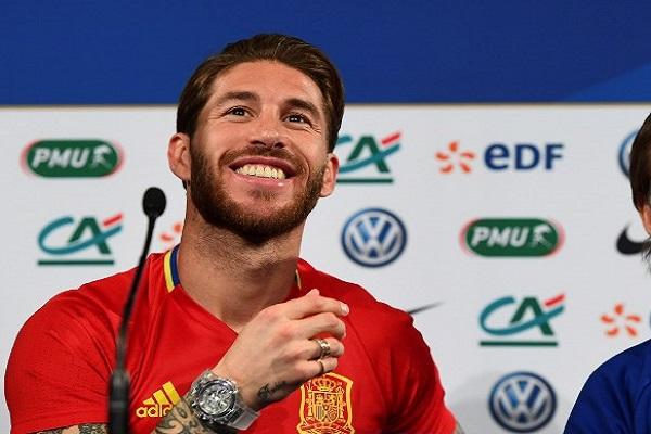 النجم الإسباني سيرجيو راموس مدافع وقائد نادي ريال مدريد الإسباني