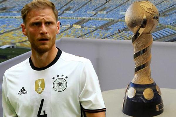 سيغيب المدافع بنيديكت هوفيديس عن منتخب ألمانيا لكرة القدم خلال مشاركته في كأس القارات