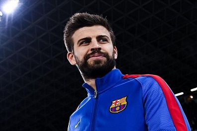 برشلونة يستقبل بيكيه بحفاوة بعد هجومه على ريال مدريد
