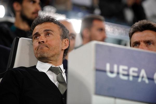 لويس إنريكي يفقد أعصابه بعد هدف ديبالا الثاني