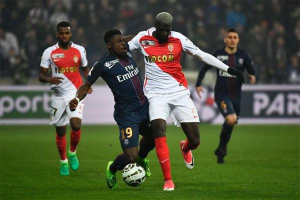 يتنافس الفريقان بشراسة على صدارة الدوري الفرنسي هذا الموسم