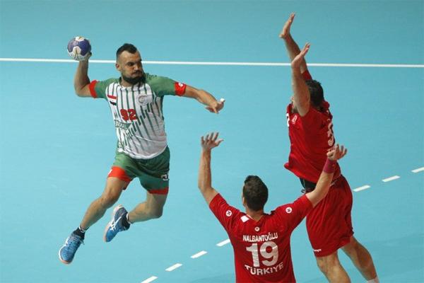 المنتخب العراقي تلقى بعد ساعات فقط خسارة دراماتيكية امام المنتخب التركي