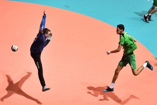 خرج المنتخب الجزائري من دائرة المنافسة على الميدالية الذهبية بعد خسارته أمام منتخب تركيا