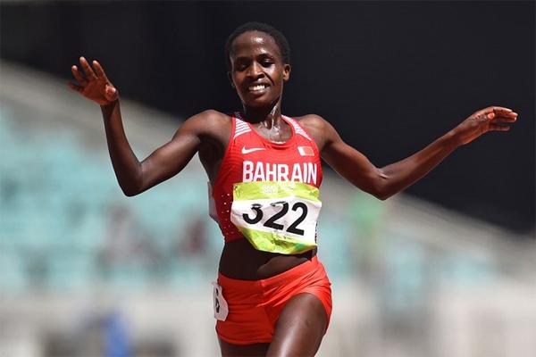 احرزت العداءة البحرينية روث جيبيت ذهبية سباق 5 الاف متر