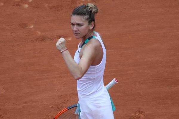 تأهلت الرومانية سيمونا هاليب الثالثة الى الدور ربع النهائي لبطولة فرنسا المفتوحة