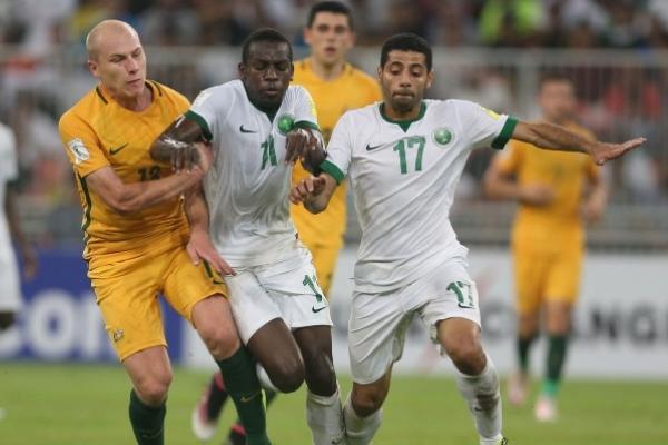 تخوض السعودية مباراة مفصلية على أرض استراليا الخميس ضمن التصفيات الآسيوية المؤهلة الى مونديال 2018 في روسيا