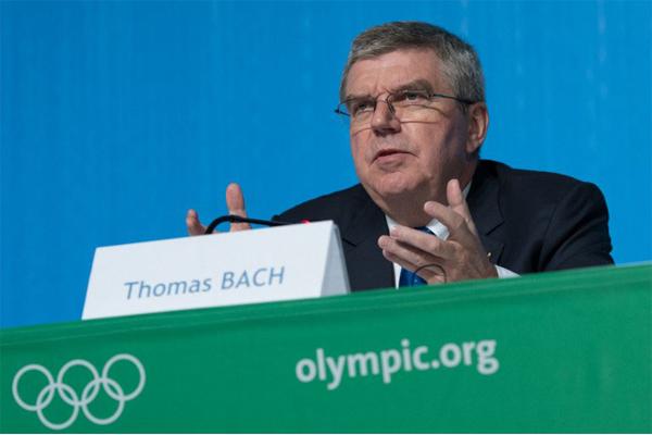 رئيس اللجنة الاولمبية الدولية الالماني توماس باخ