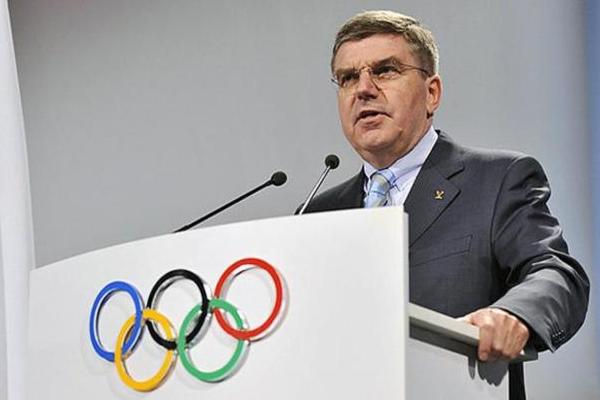 رئيس اللجنة الاولمبية الدولية توماس باخ