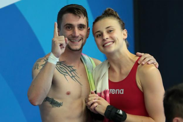 أحرزت فرنسا ذهبية تاريخية هي الأولى لها في مسابقة الغطس، وذلك بعد فوز لورا مارينو وماتيو روسيه بلقب الفرق
